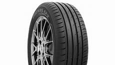 Toyo Proxes Cf2 - proxes cf2 toyo s new high performance tyre