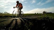 radfahren kalorien berechnen kalorienverbrauch radfahren 20 km h gesunde ern 228 hrung