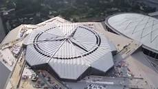 here s how the one of a kind retractable roof works at the falcons new stadium cbssports com