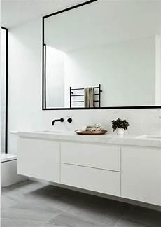 Grand Miroir Contemporain Un Must Pour La Salle De Bain
