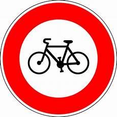 interdiction voiture panneau d interdiction d acc 232 s aux cycles en wikip 233 dia