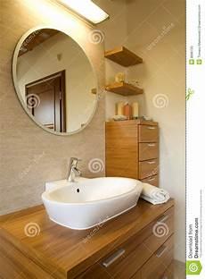 int 233 rieur de salle de bains moderne 233 l 233 gante photo stock
