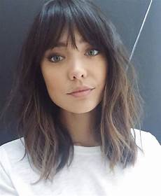 medium hairstyles with side fringe 45 medium hair cuts with bangs for new look koees