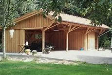 Garage Scheune Halle eine garage mit ger 228 teschuppen im alten baustil die