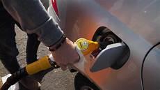 hausse des prix de l essence et du diesel des