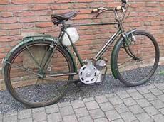 Oldtimer Fahrrad Mit Hilfsmotor Ducati Cucciolo Bestes