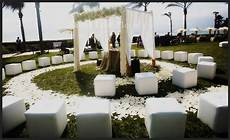 unique outdoor wedding seating ideas
