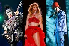 jennifer lopez 2021 what to watch on new year s eve 2021 jennifer lopez kiss