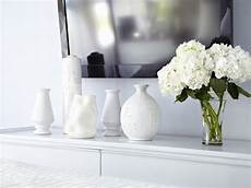 Home Decor Ideas With Vases by 9 Budget Decorating Ideas For Hgtv S Decorating