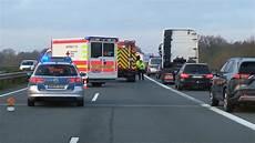 a31 unfall heute unfall auf der a31 bei sch 252 ttorf frau 22 auf autobahn