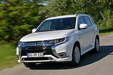 Updated Mitsubishi Outlander Phev In Wltp Win Motoring