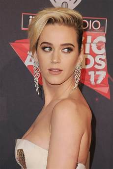 katy perry kurze haare best inspired prom hairstyles for hair