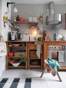 wandgestaltung kuche kuche wandgestaltung streifen mit die besten ideen f 252 r die
