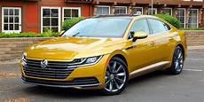 Drive 2019 Volkswagen Arteon Driving
