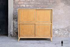 petit meuble de rangement vintage en bois gentlemen