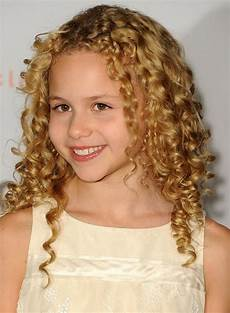 what are some good hairstyles for with curly hair quora