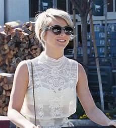 15 julianne hough pixie cuts pixie cut haircut for 2019