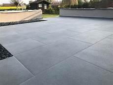 terrassenplatten feinsteinzeug 2 cm schneiden