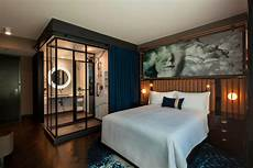 hotels in streeterville chicago hotel emc2 autograph collection