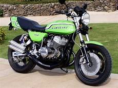 moto 3 cylindres kawasaki 250 s1 2 temps 3 cylindres moto inside