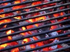 grillrost reinigen und rost entfernen