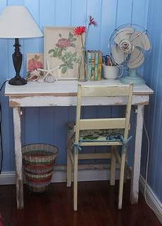 Do It Yourself Shabby Chic Distressing To Add Style