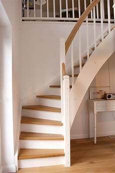 treppe holz weiß holztreppen sind deutlich g 252 nstiger als betontreppen