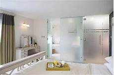 Bad Trennwand Glas - discover stylish shower doors and shower screens