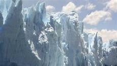 Gunung Berapi Es Di Tepi Danau Michigan Erupsi Fenomena