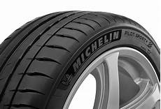 Michelin Launches The Michelin Pilot Sport4 In The Middle