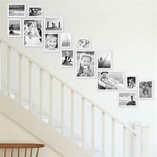 treppenhaus bilder aufhängen bilderrahmen im treppenhaus tipps tricks ideen f 252 r