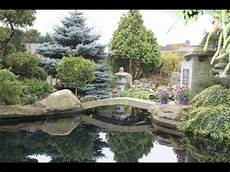 petit jardin zen japonais superbe jardin japonais multi bassin a koi