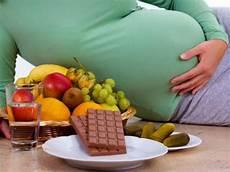 Was Darf In Der Schwangerschaft Nicht Essen