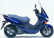 Zweirad Grisse Homepage Produktbeschreibung Suzuki Uc