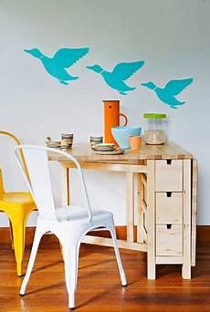 platzsparender tisch aufklappbarer platzsparender tisch aus bild kaufen