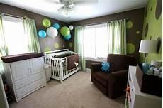 le kinderzimmer junge babyzimmer dekorieren 38 ideen mit papierlaternen und