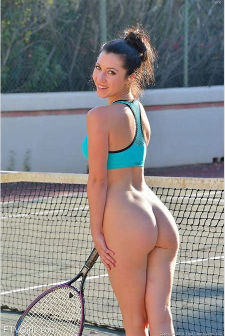 Female tennis player with a nice ass ups her game by ...
