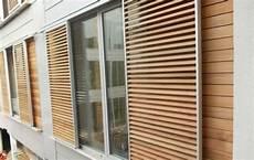 Fenster Jalousien Für Aussen - verschiebbarer sonnenschutz aus fensterl 228 den aus holz