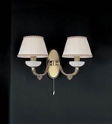 applique da parete classiche applique in ottone e vetro bianco con paralumi a 2
