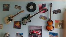 r 233 solu accrocher sa guitare au mur horizontal