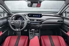 Lexus Ux 250h Le Crossover Hybride Livre Prix