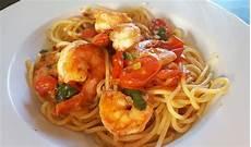 spaghetti mit garnelen spaghetti mit kirschtomaten und garnelen uschig chefkoch