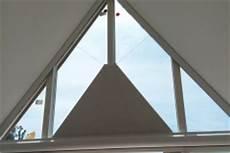 Verdunkelung Für Dreiecksfenster - kassettenrollos und verdunkelungen vom hersteller ab 3 3 cm