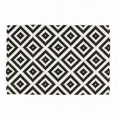 teppich geometrisches muster teppich geometrische muster 80 x 120 cm l 228 ufer schwarz