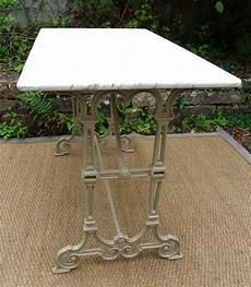 table en marbre de jardin table de lit a roulettes