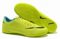 Gambarbaru Gambar Sepatu Futsal Nike Terbaru Original 2015