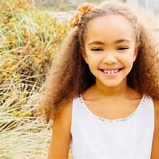 coiffure enfant fille coiffures de mariage pour fille l express styles