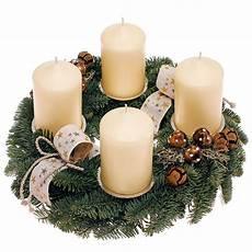 adventskranz mit wei 223 en kerzen dekoriert kaufen