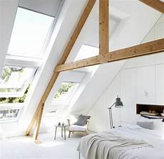 dachfenster schräge tapezieren la poutre en bois dans 50 photos magnifiques