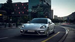 Porsche Panamera Turbo S E Hybrid India Launch Price